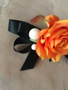 【現品購入】【送料無料】オレンジローズとパールのヘアクリップ