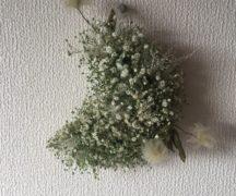 【現品購入】カスミ草の三日月リース